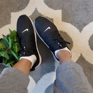 [Nike] Zoom Trainers